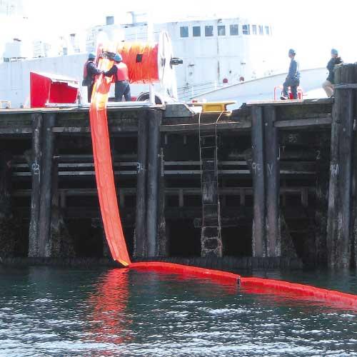 Enroulage du barrage pour travaux maritimes