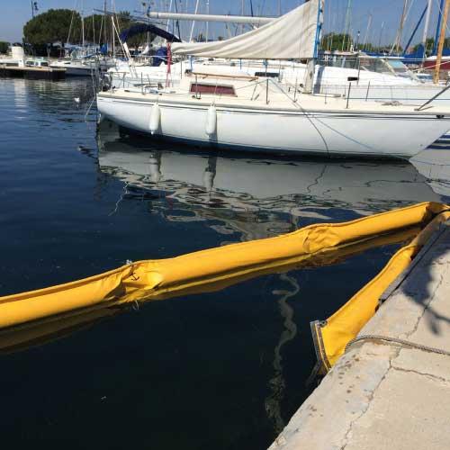 barrage antipollution jaune maritime mer travaux