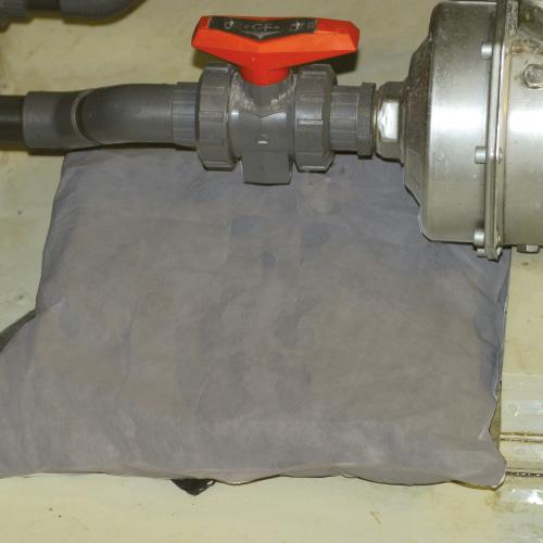 coussin absorbant tous liquides fuite machines industrie format carré